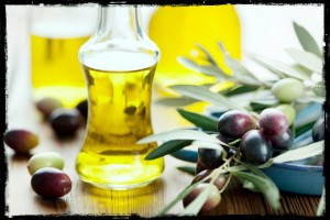 Olive-oil-for-skin-care-hair-care-beauty-care-tips-in-Hindi